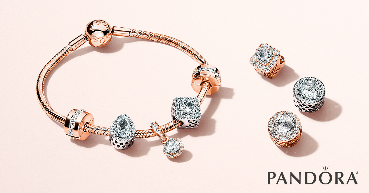 Pandora - FB_EVG18_ROSE_BRACELET.jpg - brand name designer jewelry in Edenton, North Carolina